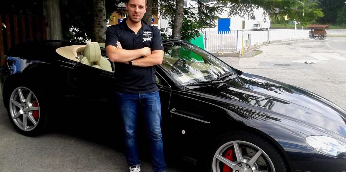 Aston Martin V8 Vantage Roadster – Recensione